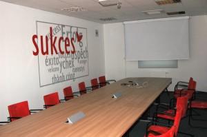 Dekoracja ścian w biurze - Vileda