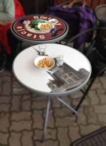 stoliki kawiarniane